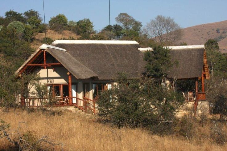 Intaba Doornkop Lodge Unit 102 Self Catering Holiday Accommodation In Carolina - Mpumalanga See more on https://goo.gl/GZxZ7H  Intaba lodge is situated between Carolina and Machadadorp in the picturesque Mpumalanga Province in the Doornkop Wildlife and Fish Resort. At Intaba Lodge, six luxurious, spacious en-suit bedrooms await you. It is an African experience in comfort, style and luxury.