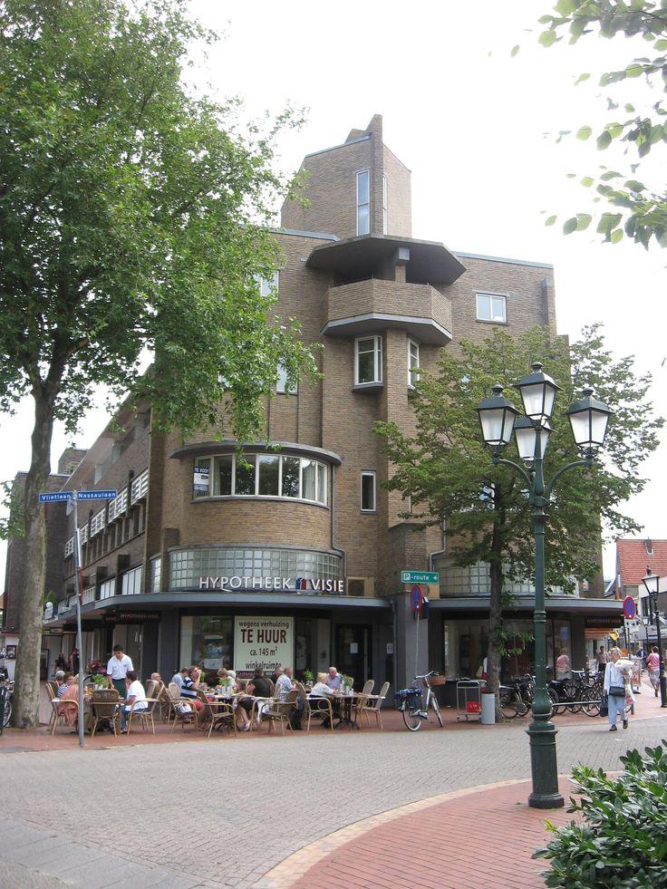Veerstraat - Veldweg, Bussum, Noord-Holland.