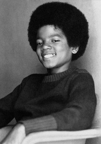 http://haben-sie-das-gewusst.blogspot.com/2012/08/social-media-werbestrategie-fur-kleine.html  Michael Jackson.
