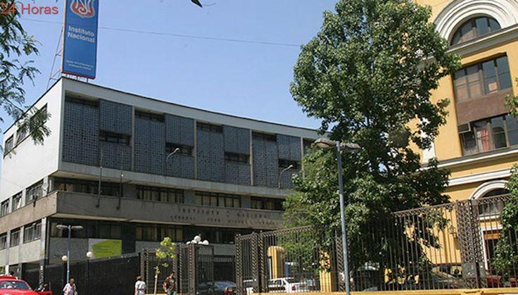 Más de la mitad de los liceos emblemáticos de la RM tienen sobre de 35 alumnos por sala