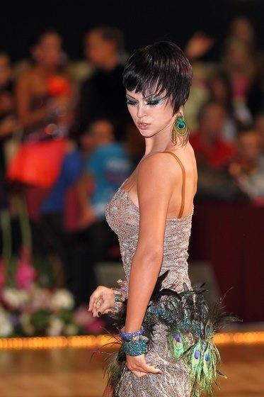 Attila Lorincz & Victoria Nemeth   Hungary, Nov 2012 [flattering neutral dress with peacock accents]