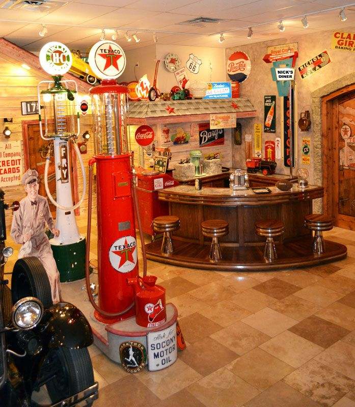 Old gas station vintage texaco gas station route 66 for Vintage man cave ideas