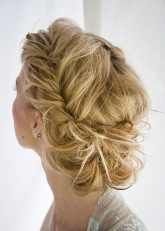 139 best images about coiffure mariage on pinterest updo pique and braided buns. Black Bedroom Furniture Sets. Home Design Ideas