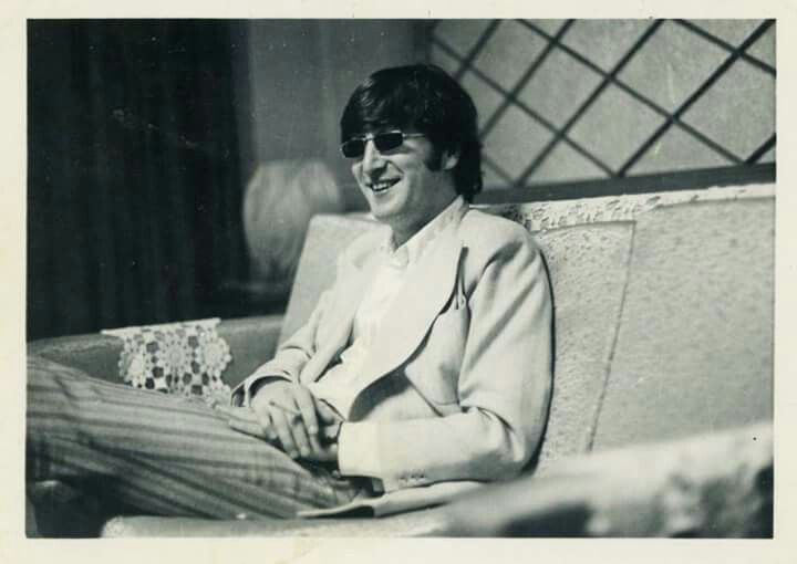 1966 - John Lennon.