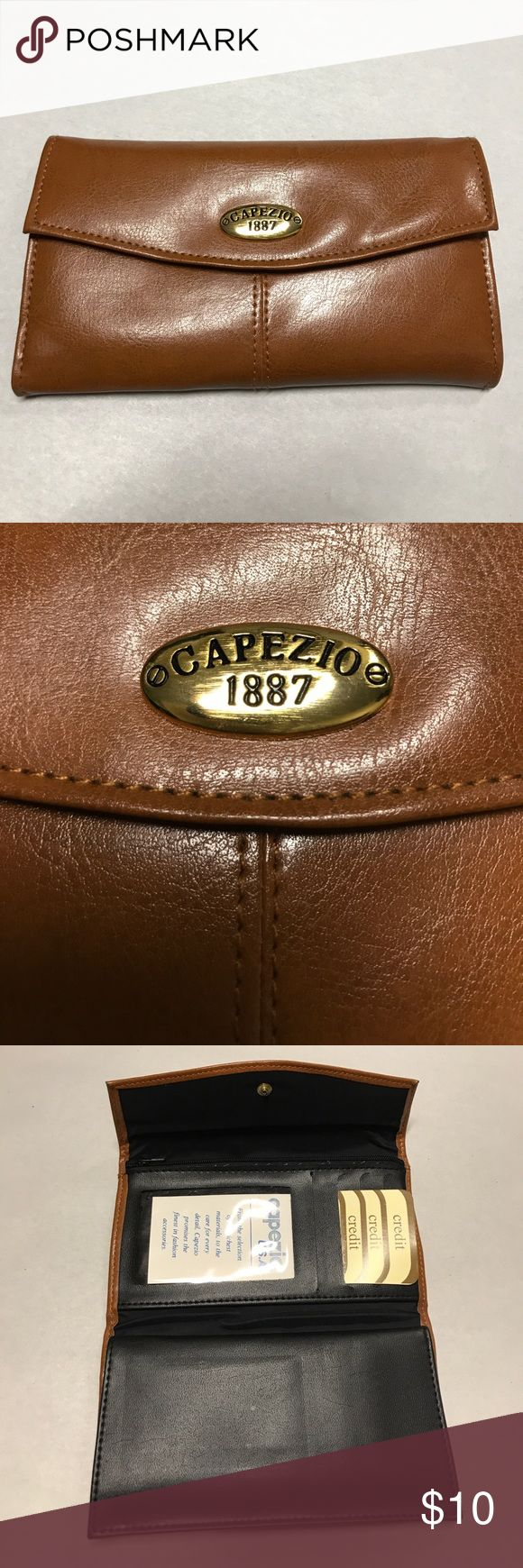 CAPEZIO BROWN LEATHER WALLET BROWN LEATHER WALLET CHECKS AND CREDIT CARDS KEEPER never used Capezio Bags Wallets