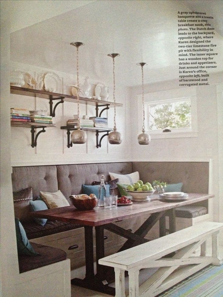 I obviously want a breakfast nook!! You can take a girl out of small spaces, but you can't ....