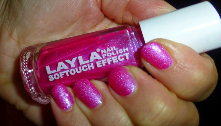 IndieAna: In Search of the HolyGrail...: Simple NOTD Sunday
