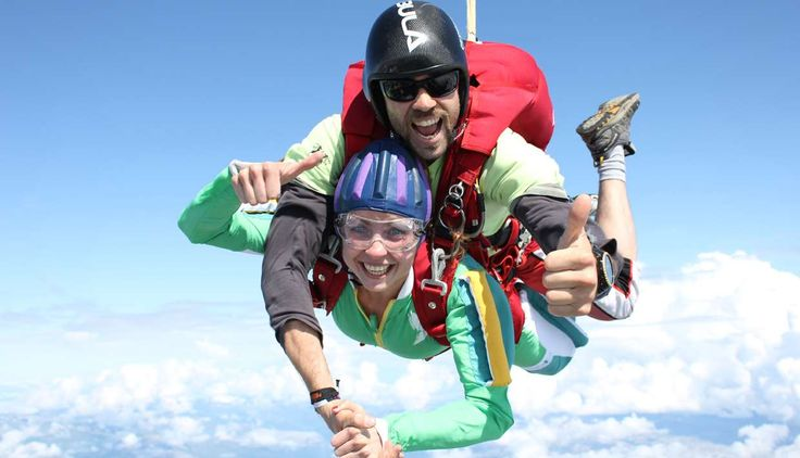 Tandem fallskjermhopp med Voss Fallskjermklubb - Sport in Voss, Voss - Voss