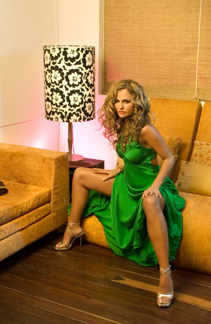15 best images about aura cristina geithner on pinterest latinas sexy and in kitchen. Black Bedroom Furniture Sets. Home Design Ideas