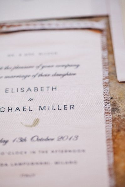 Partecipazioni matrimonio con tulle | www.princesswedding.it | Photo by Les Amis Photo