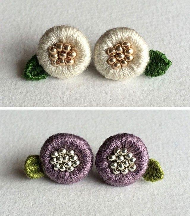 小さいお花のピアスの画像3枚目