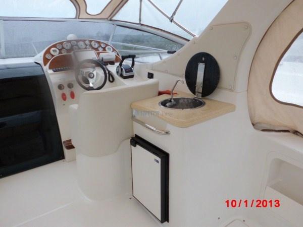 Saver 330 Sport - natante   Anno costruzione: 2007   Anno immatricolazione: 2008  Motori 2xMCM 5.0 L benzina    www.nauticaeasy.com for more information / per maggiori informazioni  #yacht #barcamotore #yachting