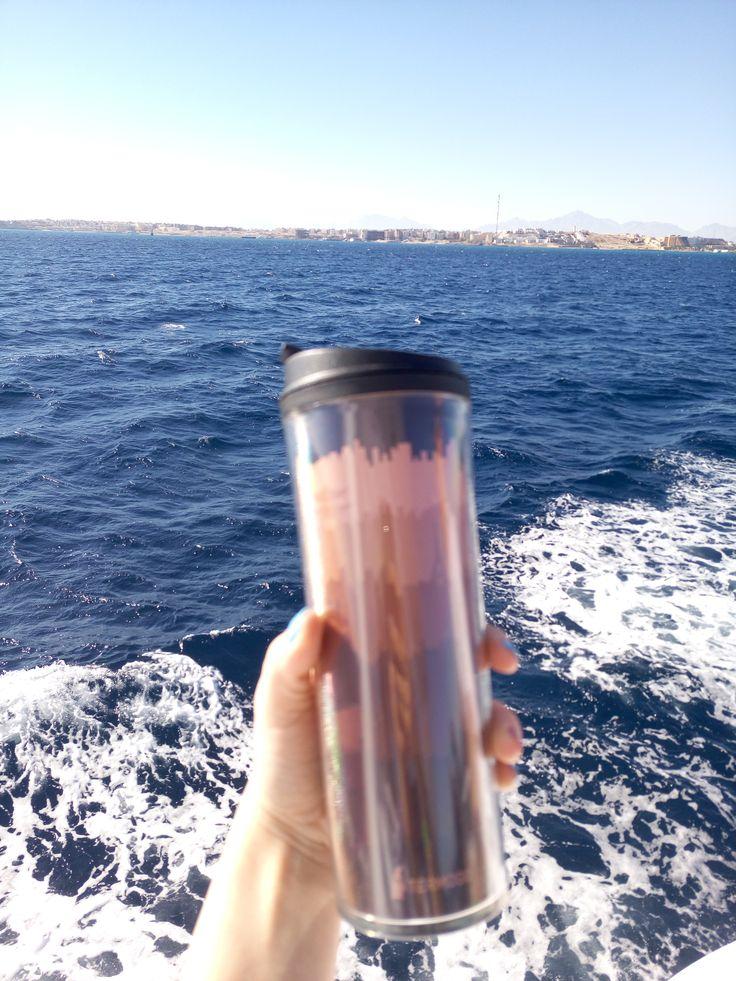 морской бриз. солнце и голубая вода - вот так выглядит нирвана