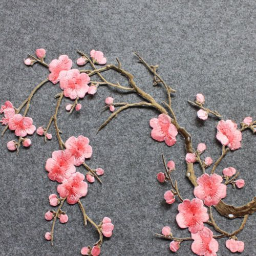 Embroidered-Plum-Blossom-Flower-Patch-Iron-Sew-on-Applique-Motif-Craft-Nice-1pcs