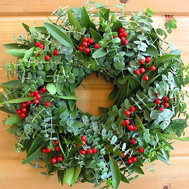 Eucalyptus Berry Wreath -- this would smell great!