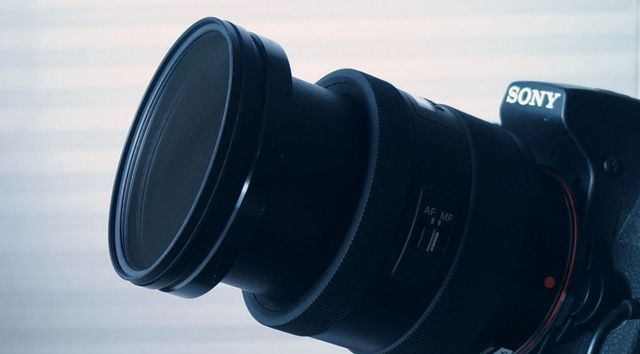 Make a Cheap DIY Solar Filter for DSLR Cameras
