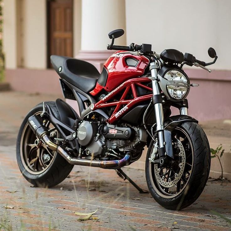 "Ducati Instagram en Instagram: ""Monsters Inc. Photo: @j4mezlismz #ducatistagram…"