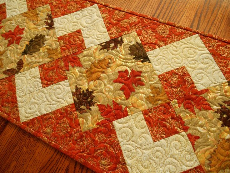 Thanksgiving Quilted Table Runner Patterns : 1000+ ideas about Fall Table Runner on Pinterest Quilted table runners, Table runner pattern ...