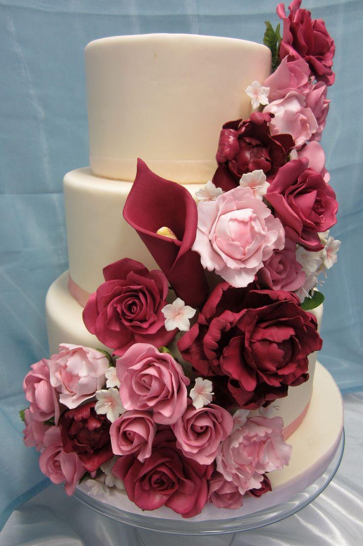 46 best Gumpaste flowers images on Pinterest | Sugar flowers ...