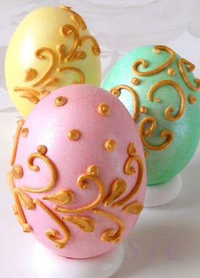 Sugar flowers Creations-Nicky Lamprinou: Πασχαλινά αυγά σε πάλ χρώματα και Royal icing