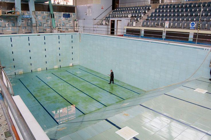 Empty Empty Pool City By The Sea Wigan