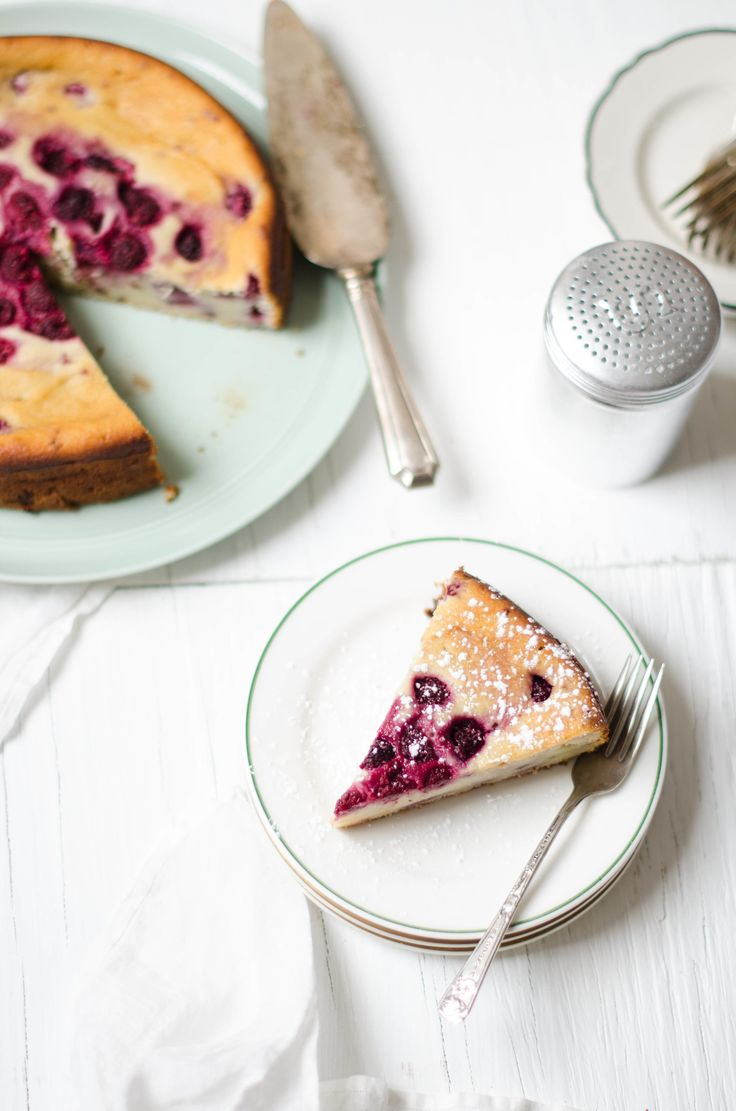 ROSE & IVY JOURNAL | Raspberry Ricotta Cake