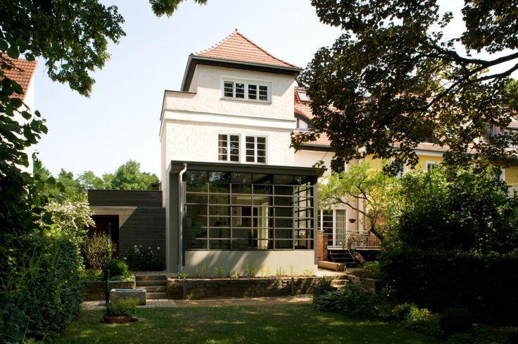 Vom Garten aus gesehen - Anbau Esszimmer, Küche an Siedlerhaus 30er Jahre
