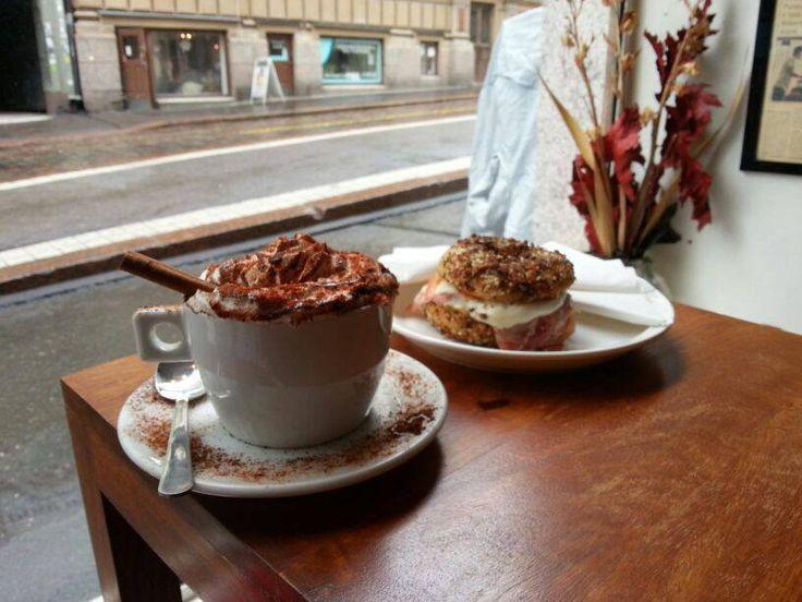 Brooklyn Cafe - Rainy Day Breakfast - Mexican Hot Cocoa with Prosciutto Mozzarella Bagel