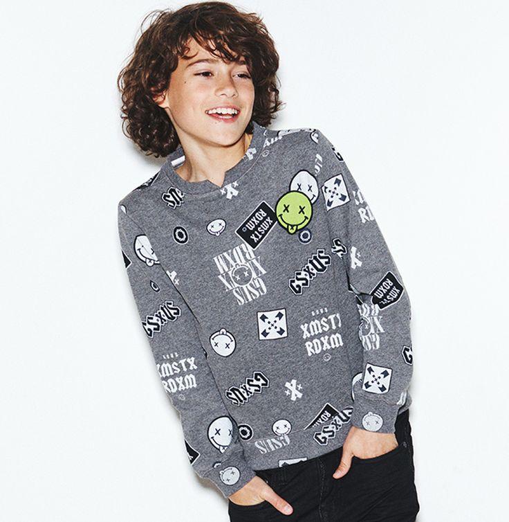 Kids love badges, we love deze boys sweater van G-sus kids. MUST HAVE!