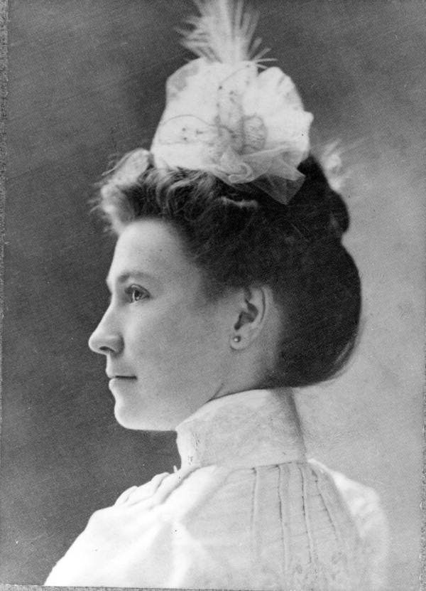 Florida's First Lady May Mann Jennings was prominent activist in Florida's history and President of the Florida Federation of Women's Clubs. (1901) | Florida Memory