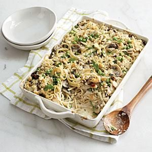 Our lightened Chicken Tetrazzini is a hearty, stick-to-your-ribs kind of meal that will leave you feeling lighter. Crusty Baguette crumbs create a crunchy finishing touch for this creamy casserole.