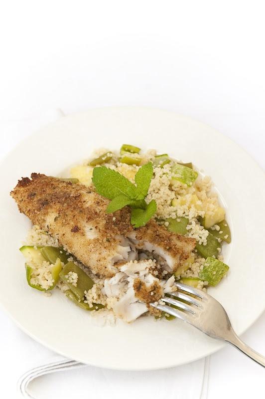 Cous cous con verdurine primaverili e filetto di merluzzo profumato alla menta