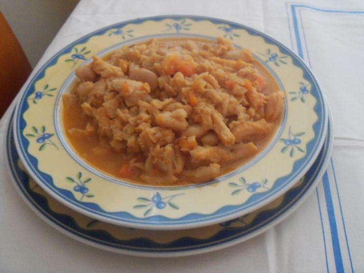 Trippa alla Brianzola (la Busèca) o alla milanese -      Queste è la ricetta di mia mamma, lei ne preparava un pentolone  per dieci perso...