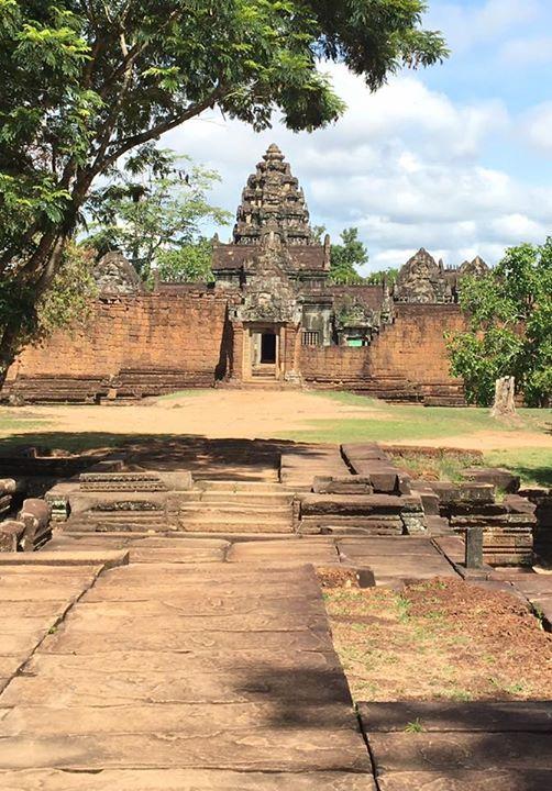 #Banteaysamrea  is Hindu temple in #Siemreap #Angkor #Cambodia