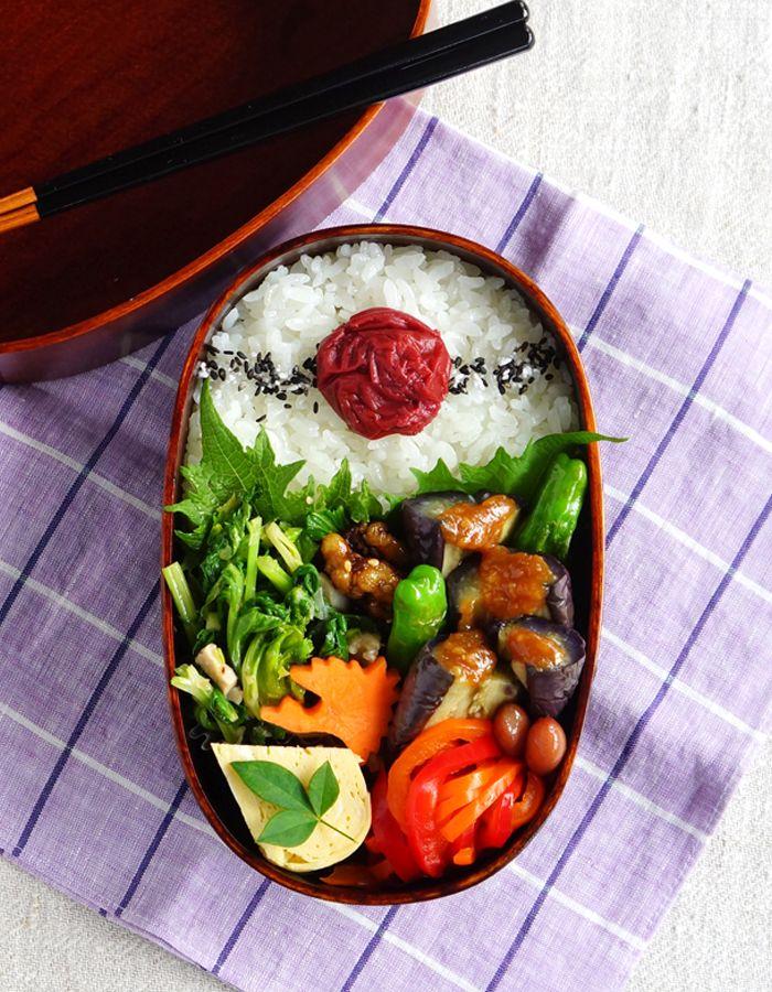 "Deep-fried eggplant, ""Nasu-dengaku"" bento/茄子田楽弁当"