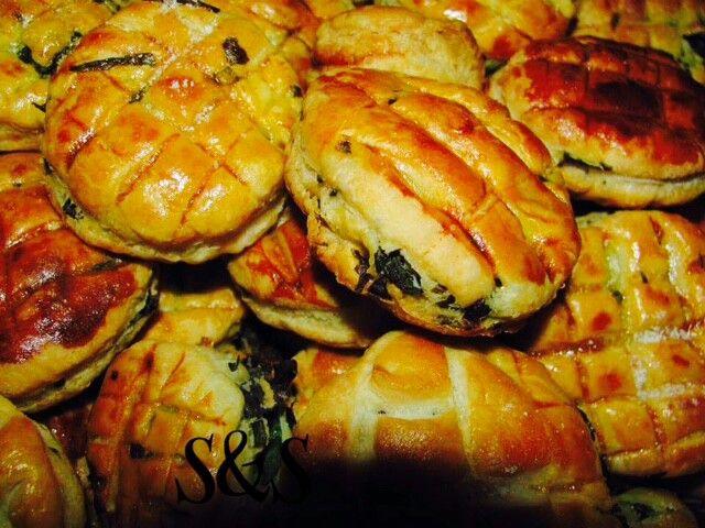 Pasta sfoglia con ortiche e feta.gluten free