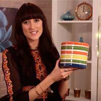 В следующем видео известный лондонский дизайнер интерьеров Хелен Шепард поделиться списком своих любимых весенних аксессуаров, способных лишь одним своих видом напомнить, что вот и
