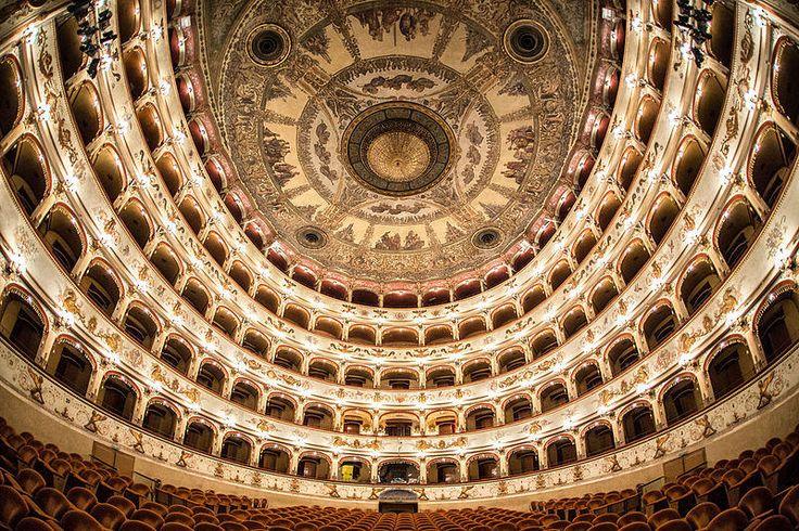 TeatroComunale Ferrara @AndreaParisi