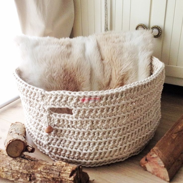 Round cotton rope basket is adding freshness and exceptional storage for your home by DollmaDesign on Etsy