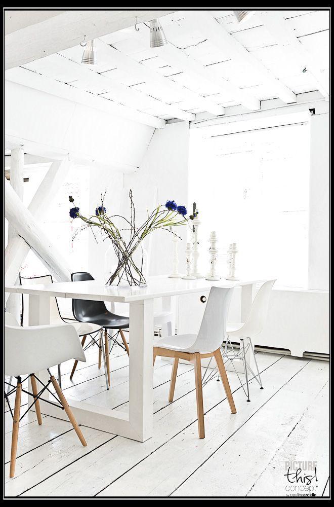 Een wit interieur is tijdloos en kan perfect gecombineerd worden met elke interieurstijl. Soms kan het klassiek en stijlvol ogen, andere keren strak en modern. Kijk voor meer voorbeelden op de website.