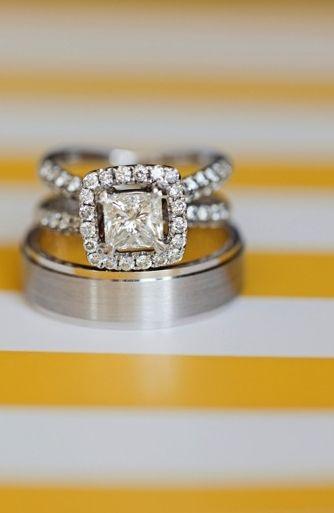 cuscino anelli di fidanzamento glamour alone radianti scintillante moderne fedi nuziali in platino shabby chic Estate rustico bling anelli anello di fidanzamento scintilla giallo matrimonio irvine California