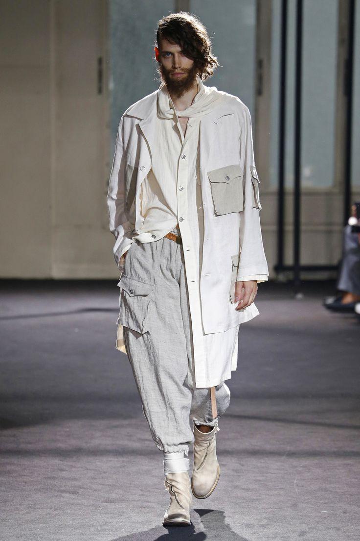 Yohji Yamamoto   Menswear - Spring 2017   Look 7