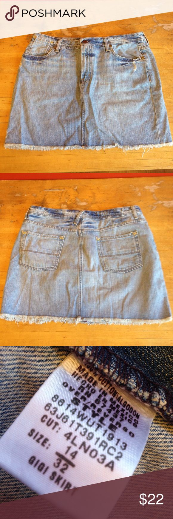 "Polo Jeans Co Denim Skirt Polo Jeans Co, denim Gigi skirt. Size 14. Two front pockets, two back pockets, belt loops. Material: 100% cotton. Measurements: waist: 16"", length: 15"". Pre-loved, beautiful condition, no flaws seen. polo jeans co Skirts Asymmetrical"
