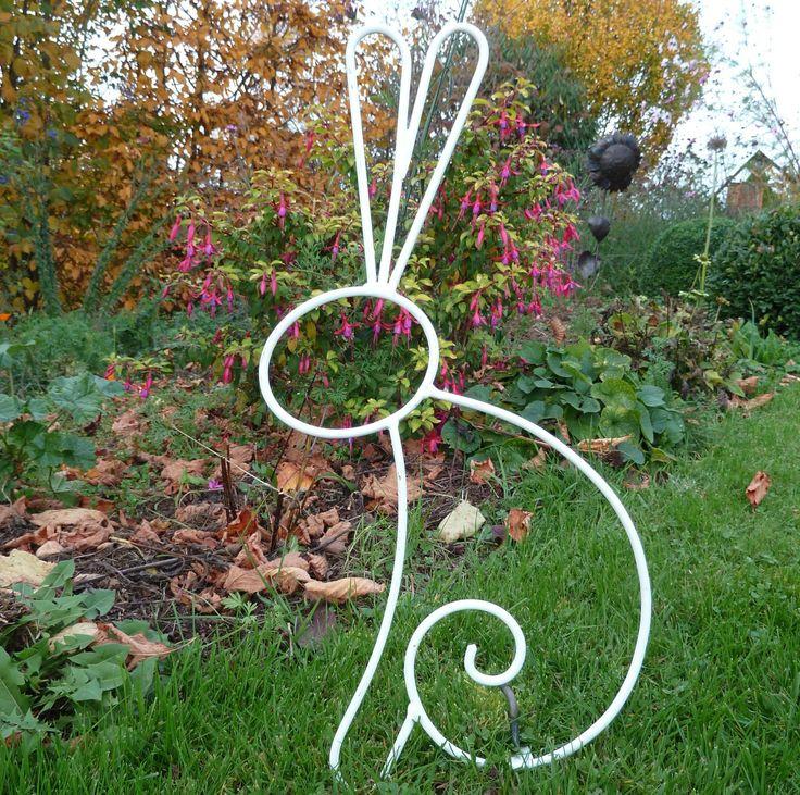 Dco jardin fer forg cheap puits ancien et son fer forg decoration jardinfer with dco jardin fer - Deco jardin fer forge toulon ...