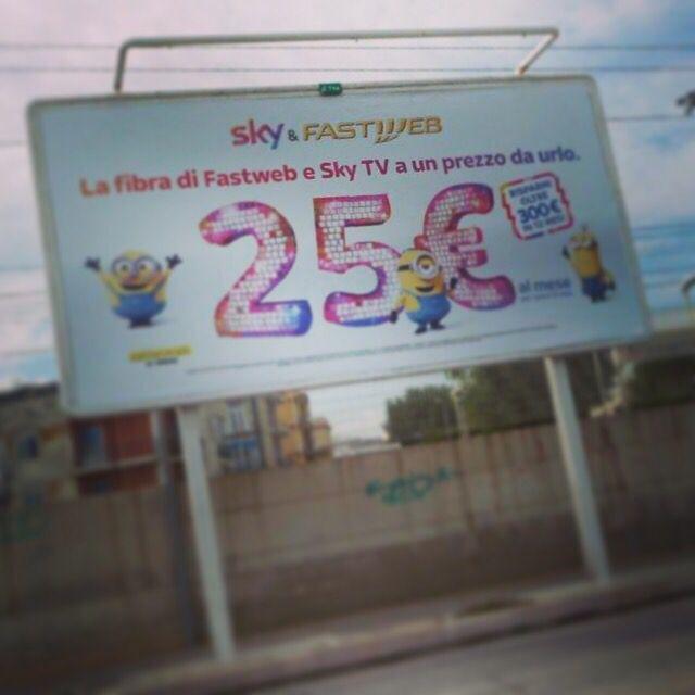 Nuova #campagna #pubblicitaria #Sky e #Fastweb. #affissione #outdoors #adv #comunicare #esterna #comunicazione #pubblicità #fidanzia #fidanziasistemi #advertising