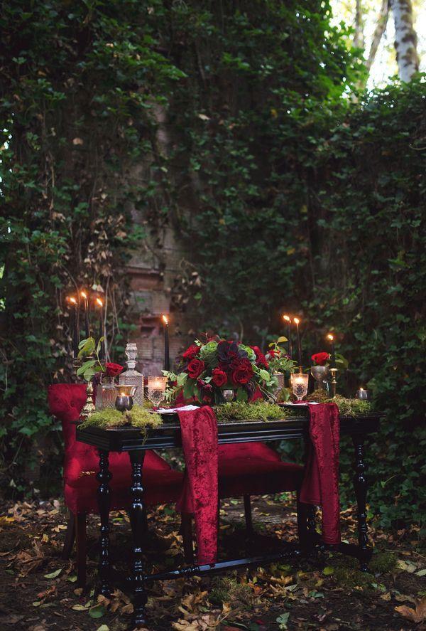 A darkly romantic tablescape inspired by Edgar Allan Poe | Photo by Tashana…