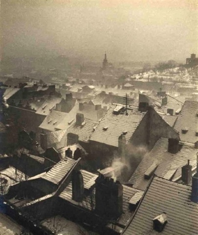 Prague 1935, by Jan Lauschmann.  So beautiful, so peaceful. If only I could tell them to run as far as they can... in five years it will all be different.