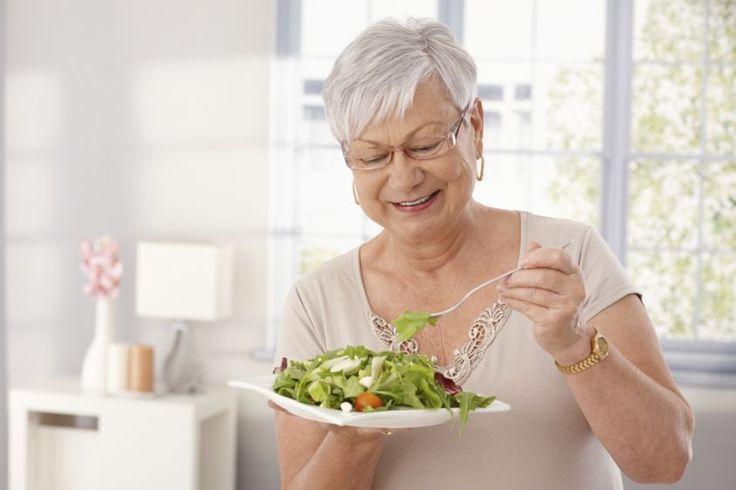 Non perdetevi i nostri 7 consigli per la dieta dimagrante in menopausa! Per restare in forma, è importante seguire un'alimentazione ad hoc!