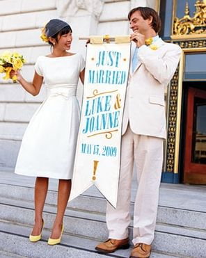 Short Wedding Dress. Very simple and elegant. #weddingbelles