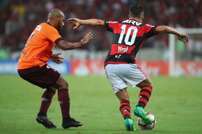 Diego passa com sucesso por cirurgia e inicia recuperação para voltar ao Flamengo
